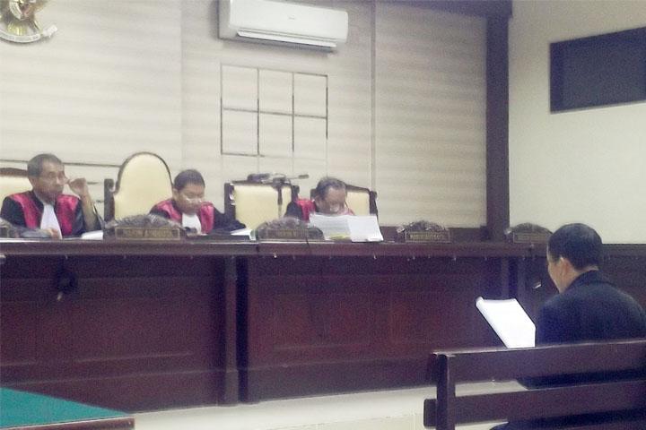 terdakwa Ir.Agus Subiyanto MA, Pengguna Anggaran  (PA)  juga sebagai Pejabat Pembuat Komitmen (PPK) proyek pembangunan Embung Pilang Bango Kota Madiun.